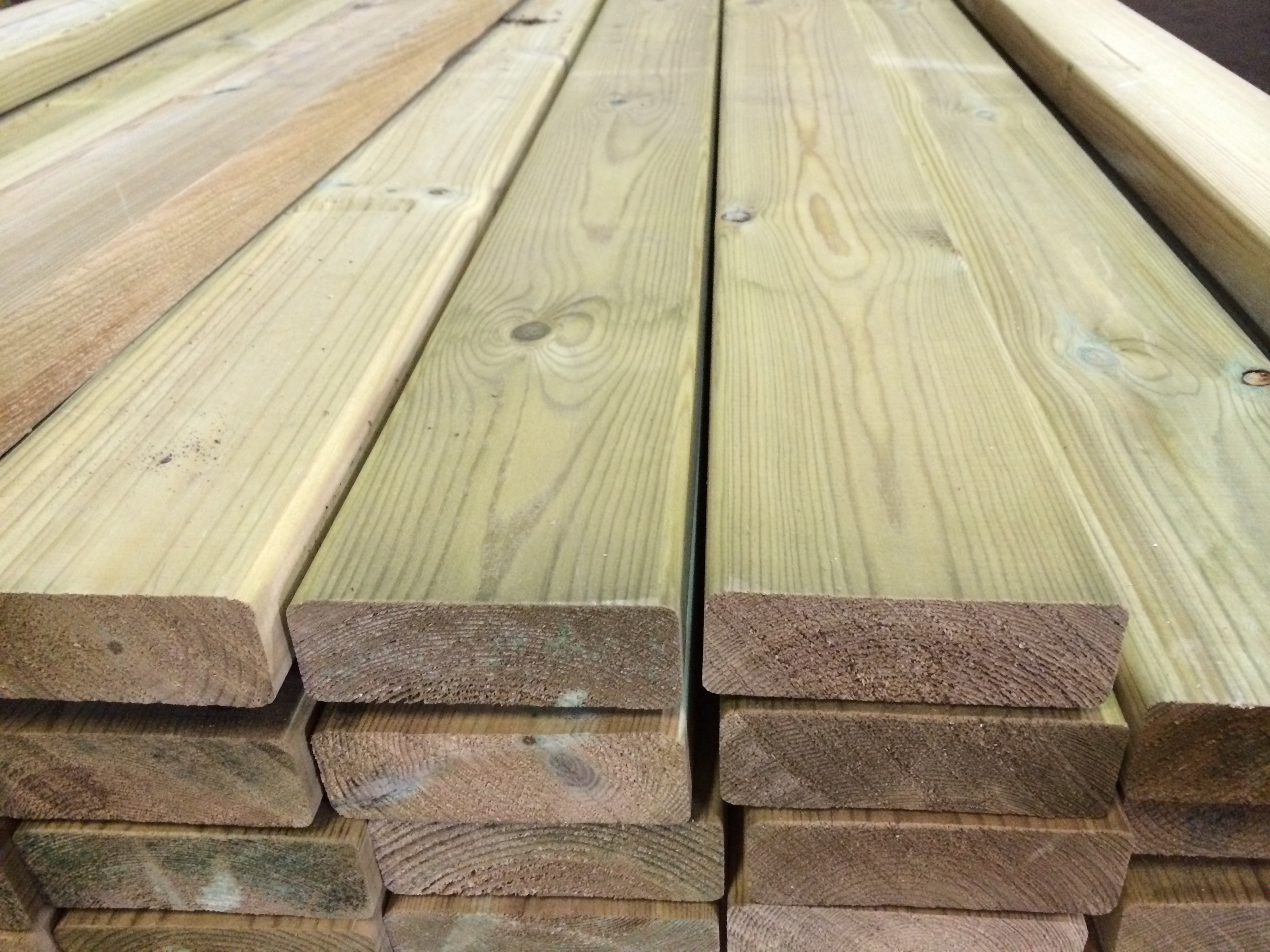 Smooth timber decking bennetts timber for Decking special offers